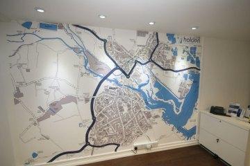 Street wall maps
